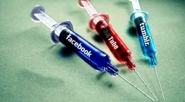 ادمان المواقع الاجتماعية